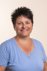 Dani ist Ordinationsassistentin in der Ordination bei Doktor/ Doktorin Peggy Lampel. Sie bereichert das Team an der Rezeption durch hohe fachliche Kompetenz und Freundlichkeit.