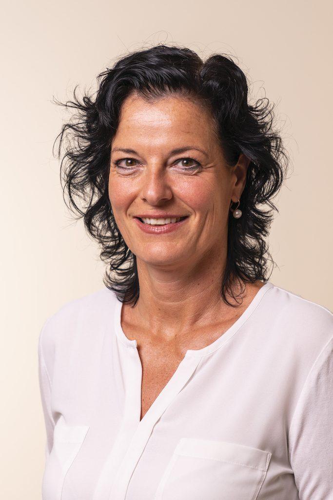 Doktor/ Doktorin Peggy Lampel Portrait